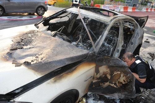 이번엔 성남서 막 주차한 BMW 520d 화재